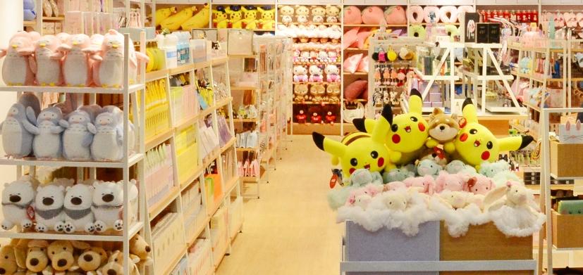 在二三线城市的商场开一家十元店怎么样?