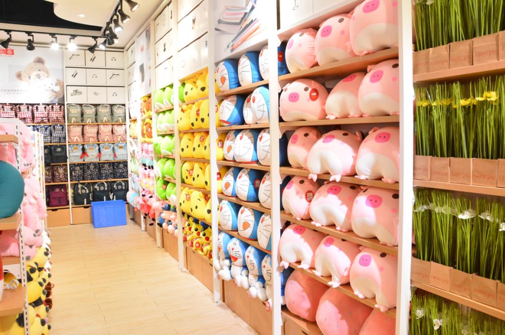 在商场开一家十元加盟店需要多少钱?