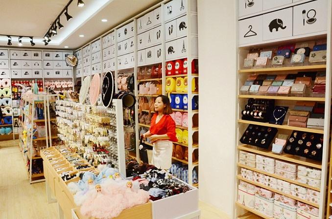 开家十元精品店要多少钱?