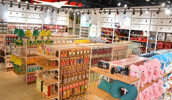 那么精品百货店应该怎么装修呢?